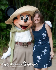 Darlene & Minnie Mouse at the Wild Kingdom, Orlando Florida July 17, 2004