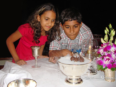 Kethan & Vasantha at the Rang Mahal in Bangkok, Thailand November 10, 2006