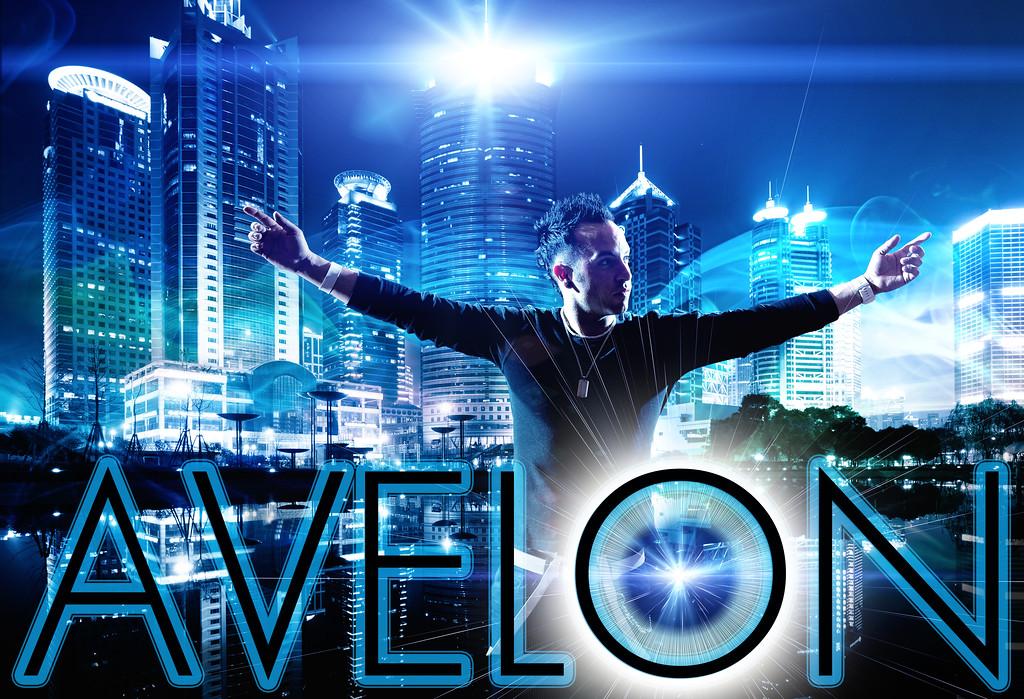 "Zack Avelon<br />  <a href=""http://www.djavelon.com"">http://www.djavelon.com</a>"