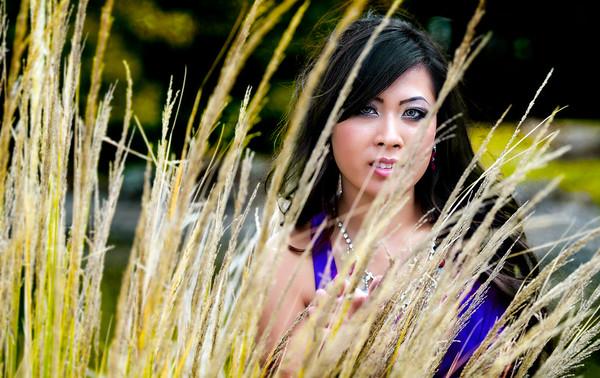 Model - Lannie Nguyen Fort Worth Botanic Gardens