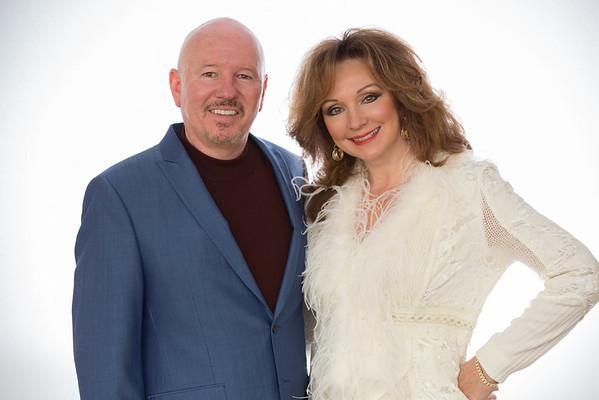 Linda and Brian Fall Photos