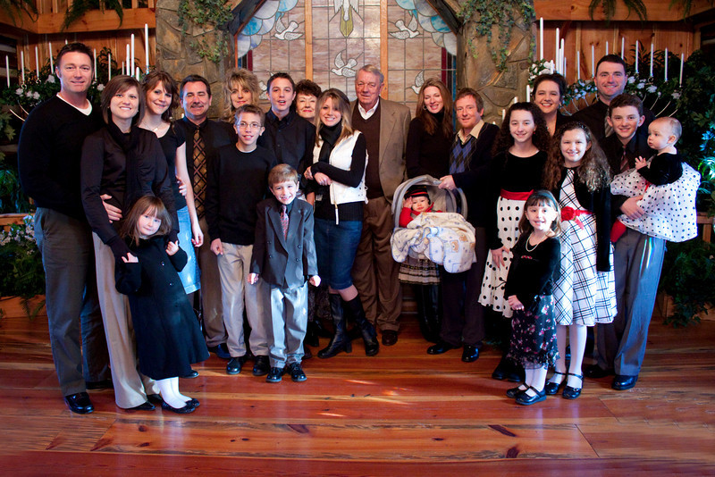 BIG FAMILYadjd