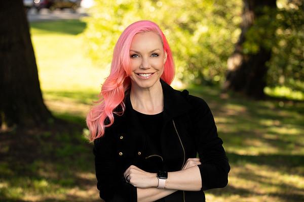 Rebecca Woodcock @RebeccaWoodcock Principal @ Yamaha Motor Ventures, former Venture Partner  @500startups , Entrepreneur, Founder of CakeHealth (acquired), kiteboarder.