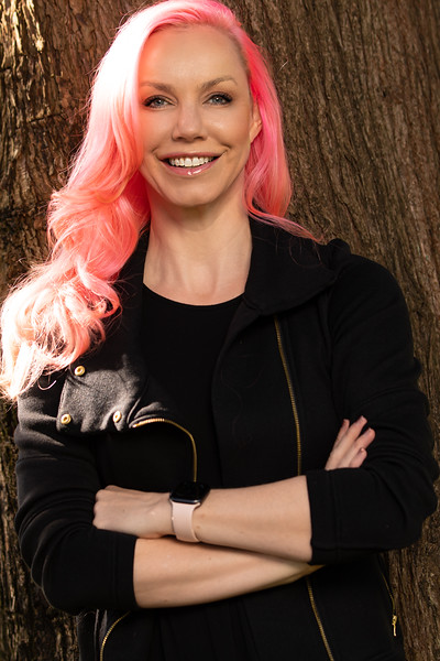 Rebecca Woodcock<br /> @RebeccaWoodcock<br /> Principal @ Yamaha Motor Ventures, former Venture Partner <br /> @500startups<br /> , Entrepreneur, Founder of CakeHealth (acquired), kiteboarder.