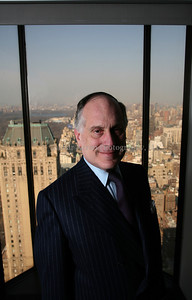 Ronald Lauder portrait.  FOR ONE TIME USE ONLY IN YEDIOTH ACHRONOT. NOT FOR ANY ADDITIONAL UAGE IN THE MAGAZINE/NEWSPAPER OFFLINE AND/OR ONLINE.  IMAGES CANNOT BE TRANSFER, TRANSMITTED OR SOLD TO ANY MEDIA OUTLET AND/OR ANY OUTSIDE SOURCE. FOR ADDITIONAL USAGE PLEASE CONTACT SHAHAR AZRAN AT PHOTO@SHAHARAZRAN.COM OR 1.917.697.4426.