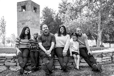 Ross0351-Family-BW