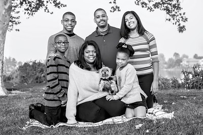 Ross0009-Family-BW