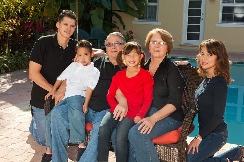 RUIZ DE QUEVEDO FAMILY PORTRAIT-147