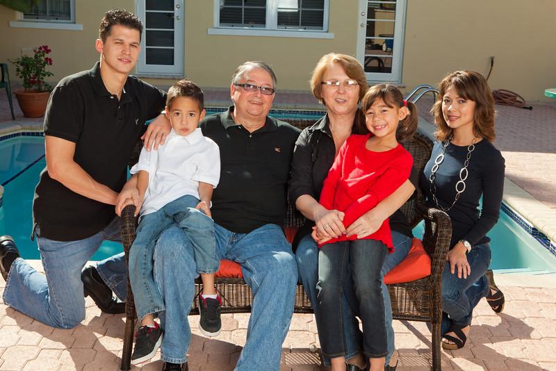 RUIZ DE QUEVEDO FAMILY PORTRAIT-140