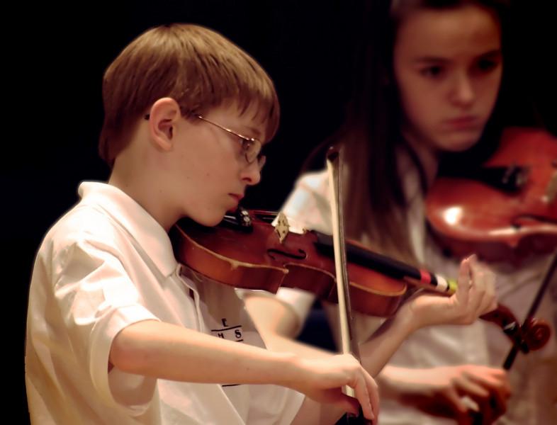 2009_12_17 Taylor RPYO Concert0012