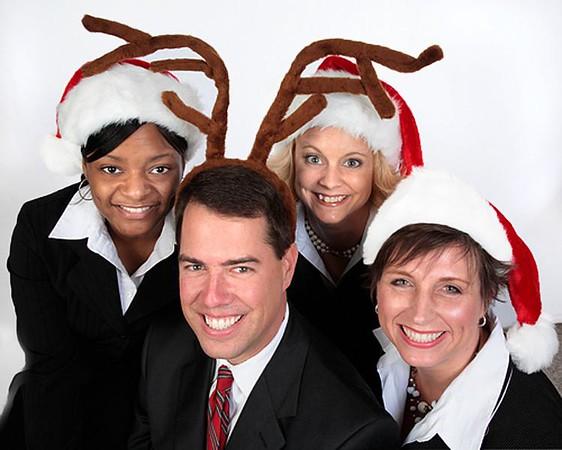 http://globalvillagestudio.com/familyportraits.html