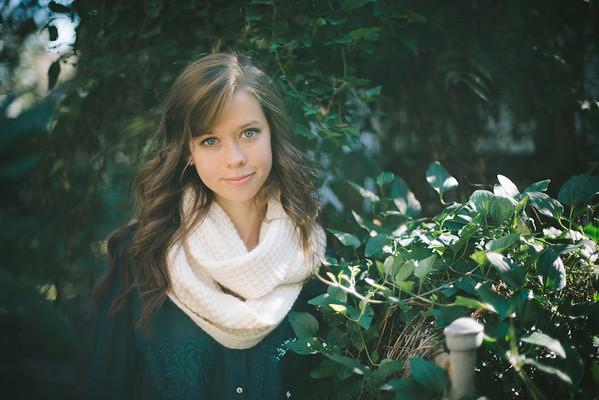 Caroline Reeder Graduates College!