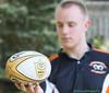 028 blur face focus ball 2