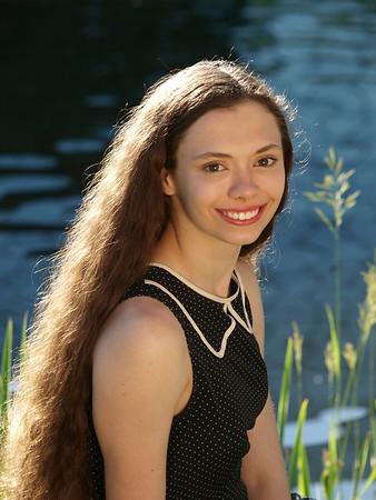 Senior Portraits - Elise