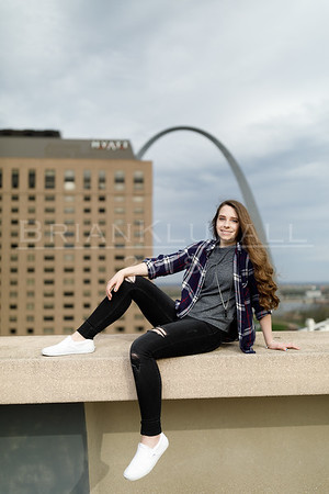 JordanReedSeniorPortraits_21Apr2018_0007