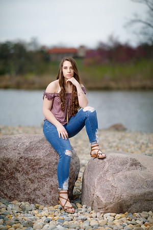 JordanReedSeniorPortraits_21Apr2018_0041-Edit