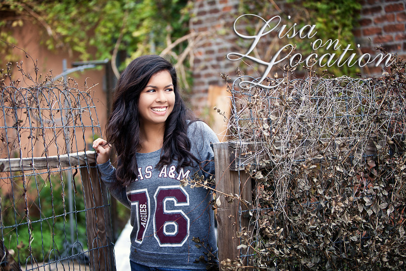 New Braunfels Senior Photography Lisa on Location is a favorite among seniors in the New Braunfels area