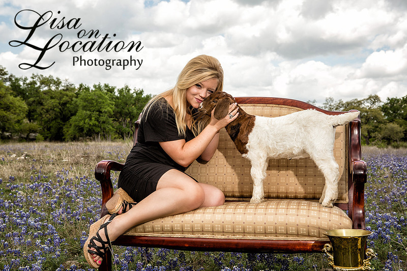 Lisa on Location is a favorite among seniors in the New Braunfels area