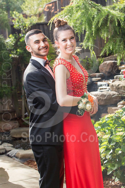 2014-05-17-yadegar-senior-prom-family-5255