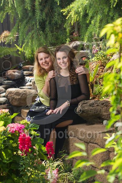 2014-05-17-yadegar-senior-prom-family-5210