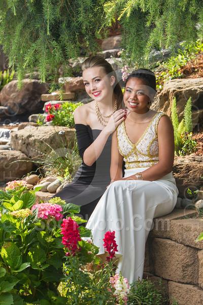 2014-05-17-yadegar-senior-prom-family-5217