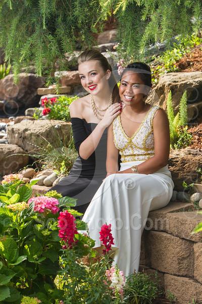 2014-05-17-yadegar-senior-prom-family-5218
