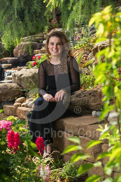 2014-05-17-yadegar-senior-prom-family-5216