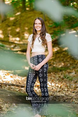 Carly-Cresta_Senior-Portraits_091516-2383