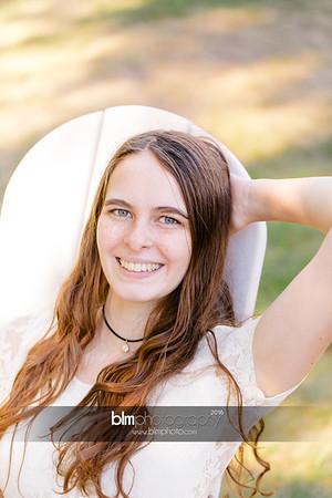 Carly-Cresta_Senior-Portraits_091516-2355