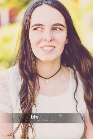 Carly-Cresta_Senior-Portraits_091516-2339