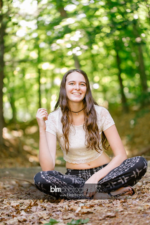 Carly-Cresta_Senior-Portraits_091516-2404