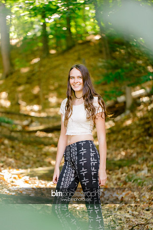 Carly-Cresta_Senior-Portraits_091516-2370