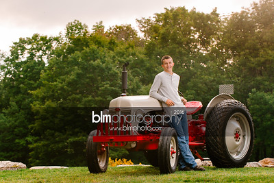 John-Grossi_Senior-Portraits-7748_09-07-16_ ©BLM Photography 2016