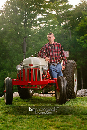 John-Grossi_Senior-Portraits-7771_09-07-16_ ©BLM Photography 2016