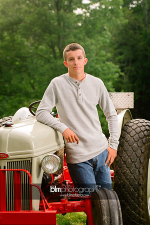 John-Grossi_Senior-Portraits-7762_09-07-16_ ©BLM Photography 2016