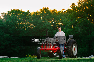 John-Grossi_Senior-Portraits-8254_09-07-16_ ©BLM Photography 2016