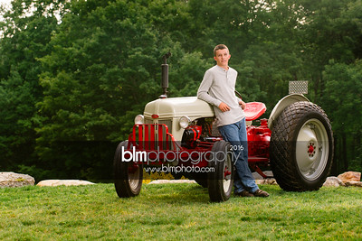 John-Grossi_Senior-Portraits-7747_09-07-16_ ©BLM Photography 2016