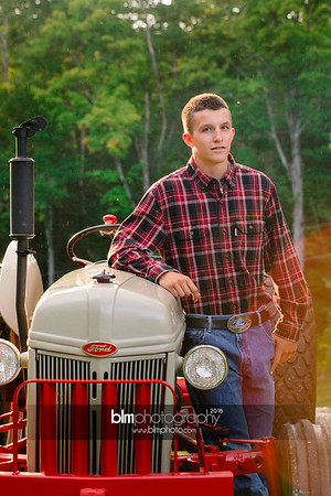 John-Grossi_Senior-Portraits-7799_09-07-16_ ©BLM Photography 2016