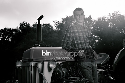 John-Grossi_Senior-Portraits-7807_09-07-16_ ©BLM Photography 2016