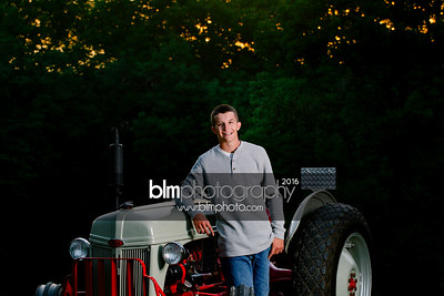 John-Grossi_Senior-Portraits-8242_09-07-16_ ©BLM Photography 2016