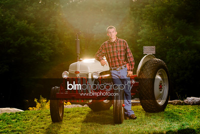 John-Grossi_Senior-Portraits-7783_09-07-16_ ©BLM Photography 2016