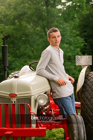 John-Grossi_Senior-Portraits-7757_09-07-16_ ©BLM Photography 2016