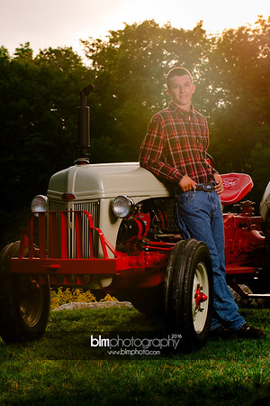 John-Grossi_Senior-Portraits-7812_09-07-16_ ©BLM Photography 2016