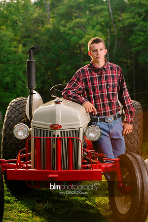 John-Grossi_Senior-Portraits-7789_09-07-16_ ©BLM Photography 2016