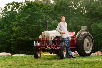John-Grossi_Senior-Portraits-7740_09-07-16_ ©BLM Photography 2016