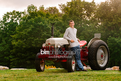 John-Grossi_Senior-Portraits-7749_09-07-16_ ©BLM Photography 2016