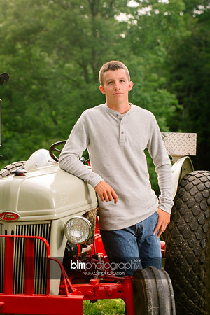 John-Grossi_Senior-Portraits-7763_09-07-16_ ©BLM Photography 2016