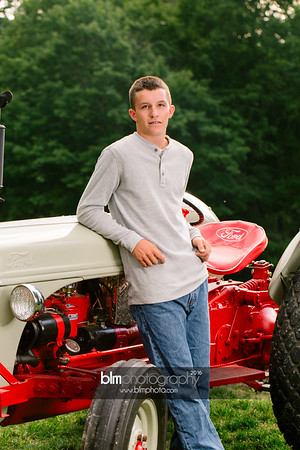 John-Grossi_Senior-Portraits-7752_09-07-16_ ©BLM Photography 2016