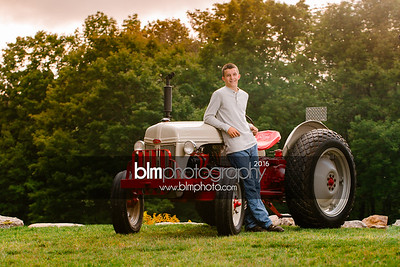 John-Grossi_Senior-Portraits-7750_09-07-16_ ©BLM Photography 2016