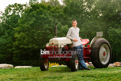 John-Grossi_Senior-Portraits-7743_09-07-16_ ©BLM Photography 2016